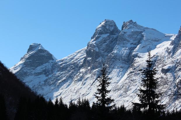 Fantastiske fjell i nærheten av Trollstigen